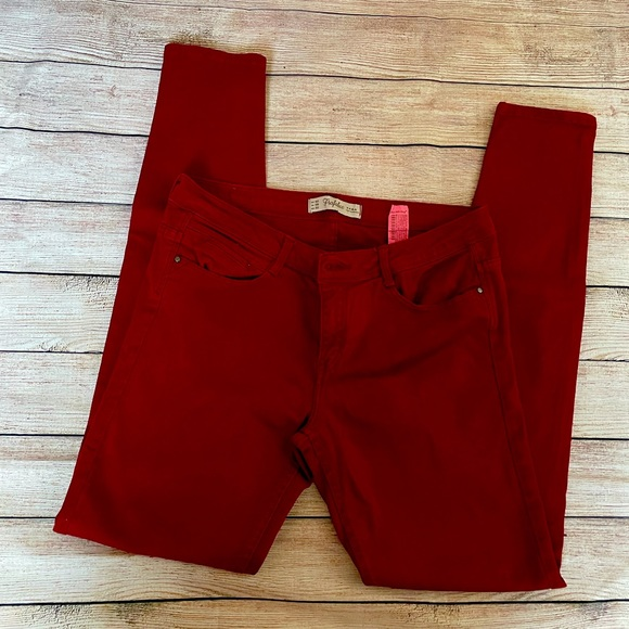 Zara jeans red